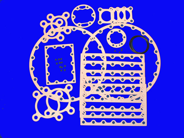 KIT-5570 Gasket Kit; R/N 365-25318-000 (Made in the USA)