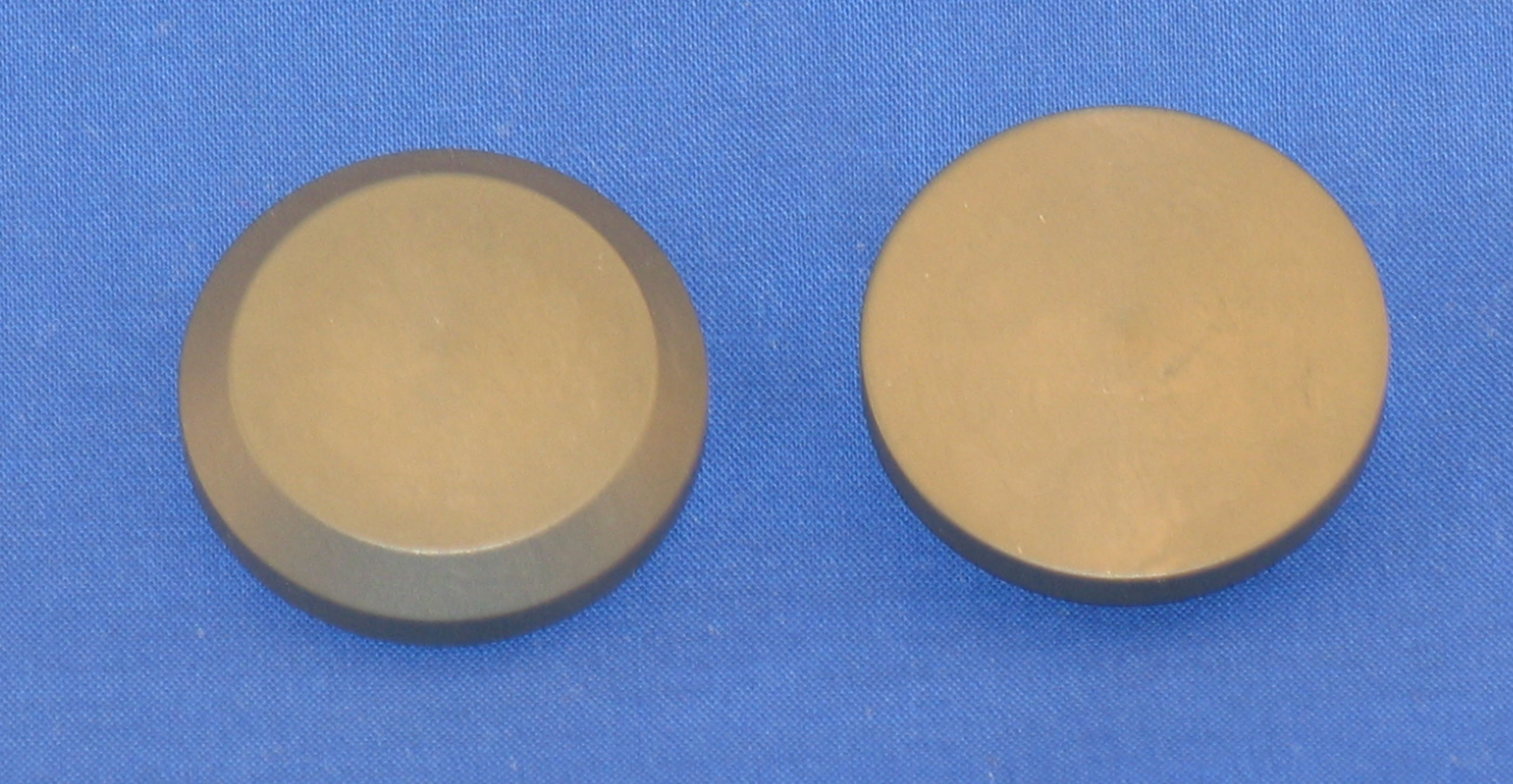 DIS-0010 Discharge Button/Wafer